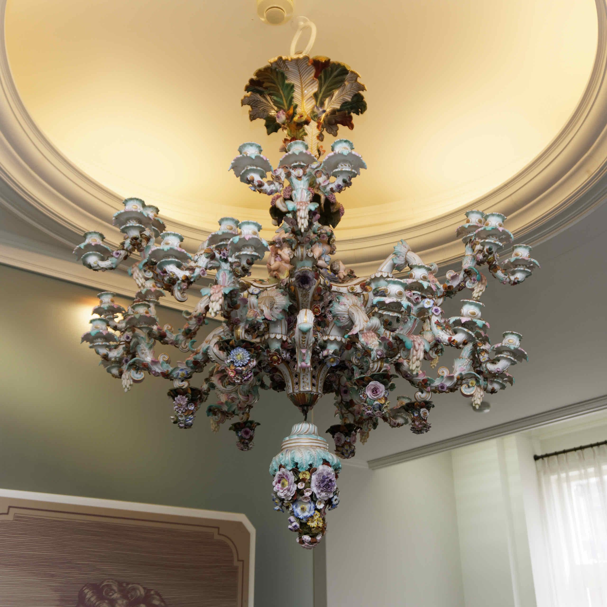 chandelier (3)
