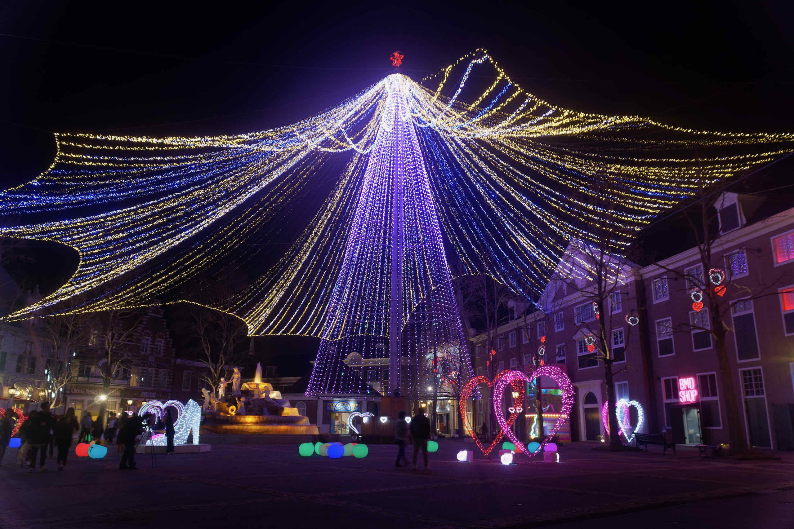 mt fuji at fountain square