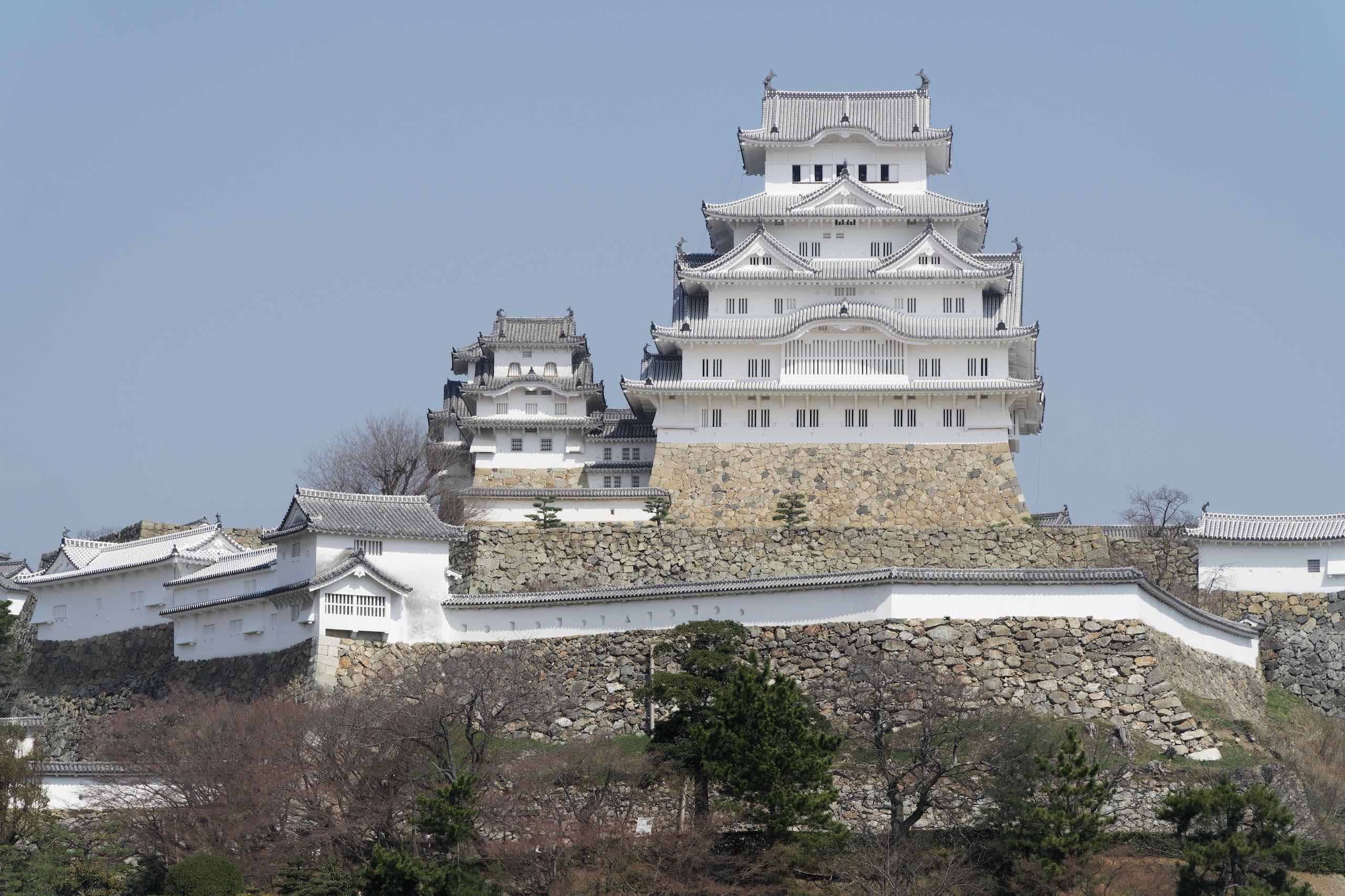 view from san no maru hiroba square